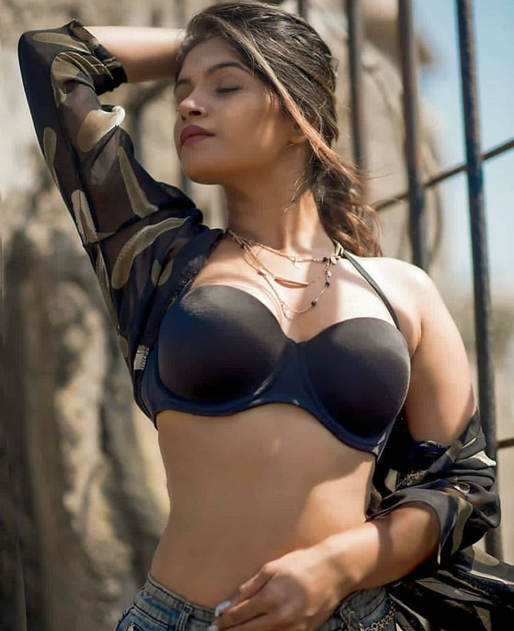 Amya pandit call girls in Lucknow[www.lucknowhotescorts.com]